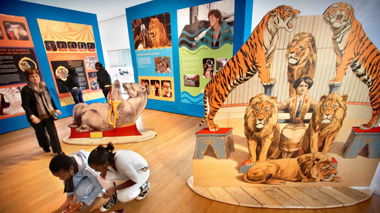 'Hoe Tem Je Een Leeuw? - Dieren In Het Circus'; Tentoonstelling Natuurhistorisch Museum Rotterdam